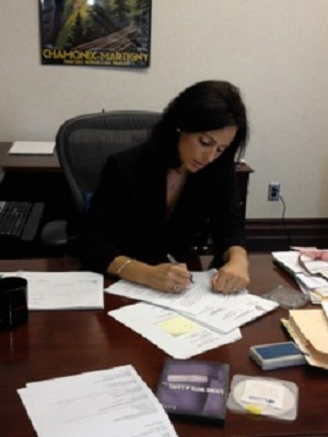 akron criminal defense attorney working on a case
